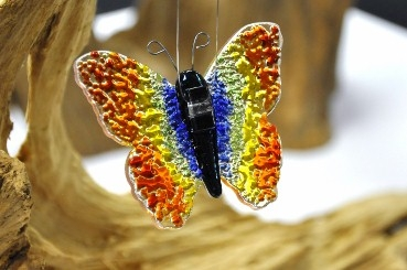 Schmetterling in Regenbogen Glas